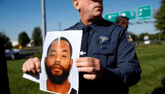 Autoridades muestran la imagen del supuesto agresor, identificado como Radeed Prince