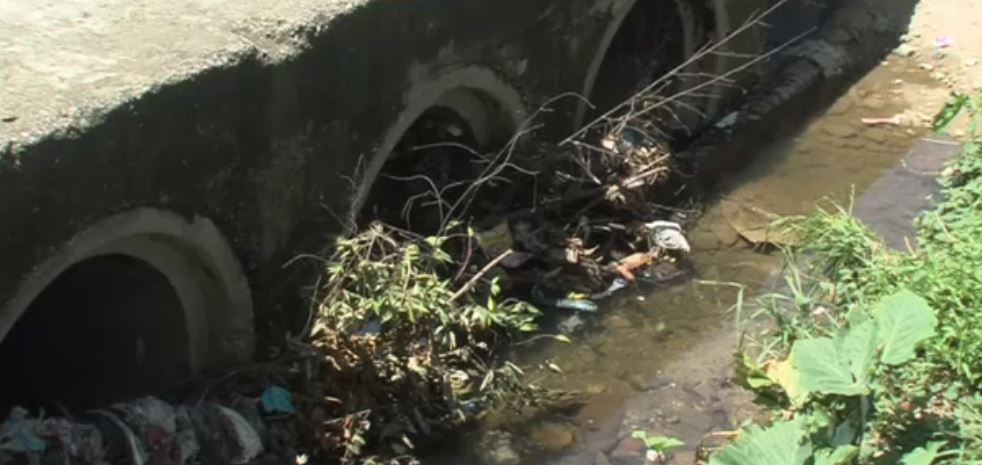 Acumulación de basura provoca desbordamiento de ríos en Acapulco