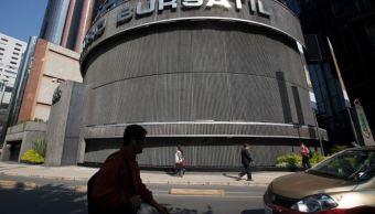 Bolsa Mexicana cierra con baja de 0.40% a mitad de semana