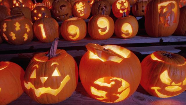 Calabazas de Halloween hechas linternas