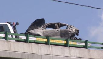 accidente viaducto incendio automoviles choque bomberos,
