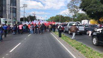 Reabren avenida Constituyentes tras manifestación de campesinos