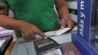 Damnificados reportan tarjetas sin fondo en Oaxaca