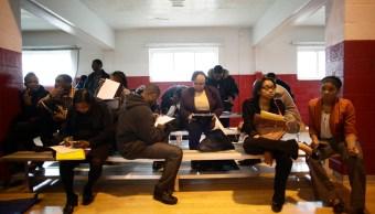 El paso de huracanes deja huella en ayuda por desempleo