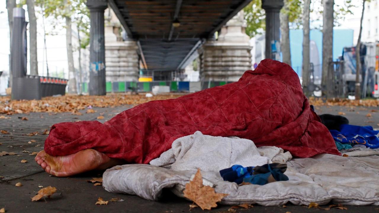 Más de 23% de los europeos están en riesgo de pobreza