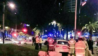 Auto termina en la Glorieta de la Palma en Ciudad de México