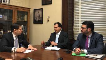 Gobernador de Puerto Rico visita a congresistas para recabar ayuda tras huracanes
