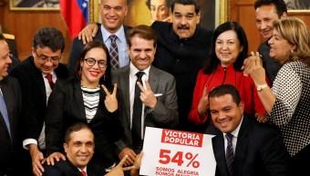 Asamblea Constituyente venezolana juramenta a 18 gobernadores chavistas