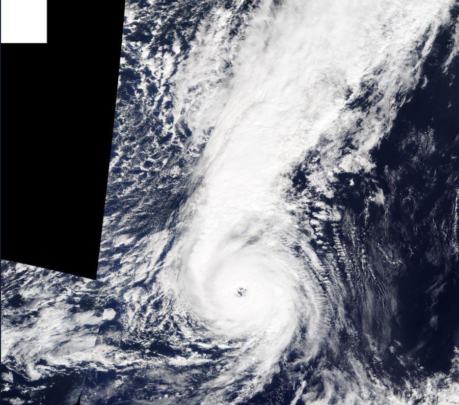 'Ofelia' se transforma en huracán categoría 1