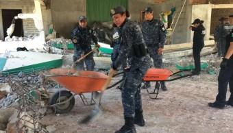 oficiales gendarmeria colaboran damnificados chiapas demolicion