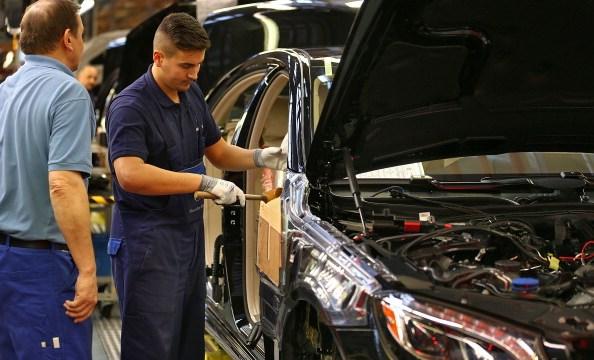 Industria automotriz estadounidense pide seguir con el TLCAN