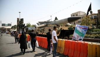 iran muestra su armamento durante dia de la defensa