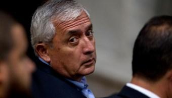 Otto Pérez Molina presentan problema cardiaco en prisión
