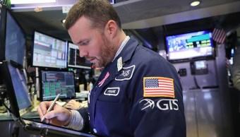 La Bolsa de Nueva York abre con caída
