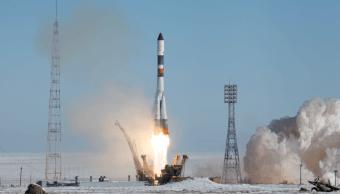 Lanzamiento de una nave rusa Progress en Kazajastán