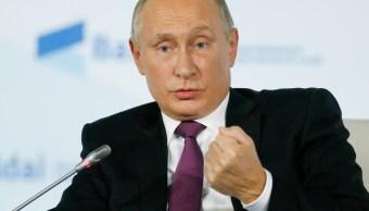 Llama Putin a resolver la situación en Cataluña
