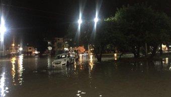 Lluvia deja encharcamientos en varias partes de San Luis Potosí