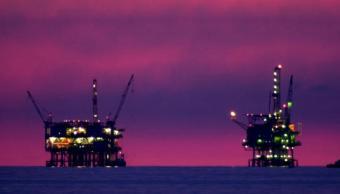 Los precios del petróleo son impulsados por señales de reequilibrio