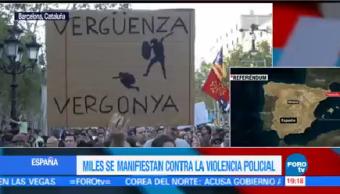 Miles Protestan Contra Violencia Referéndum Catalán