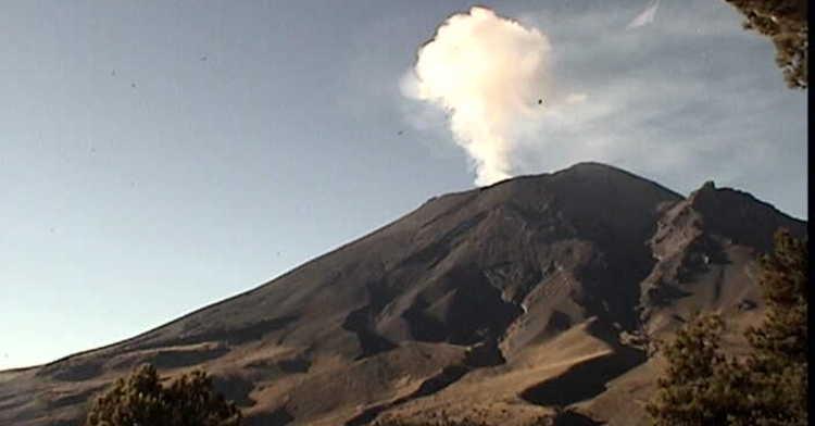Monitoreo del volcán Popocatépetl el 18 de octubre.