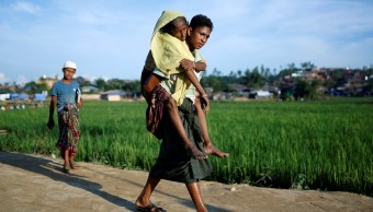 Miles de niños rohinyá llegan a Bangladesh con historias de desnutrición