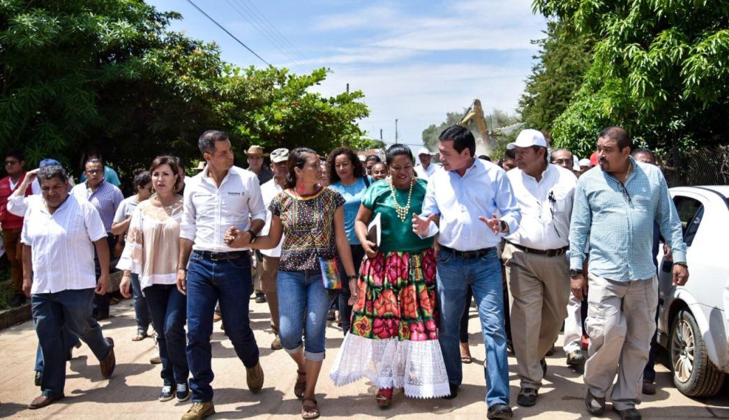 osorio chong entrega tarjetas damnificados oaxaca