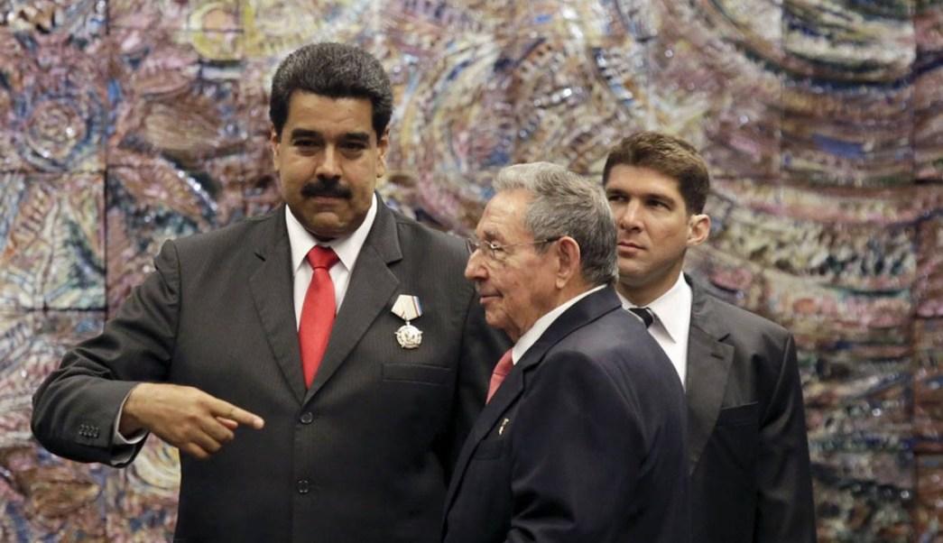 Raúl Castro felicita Maduro triunfo chavista Venezuela