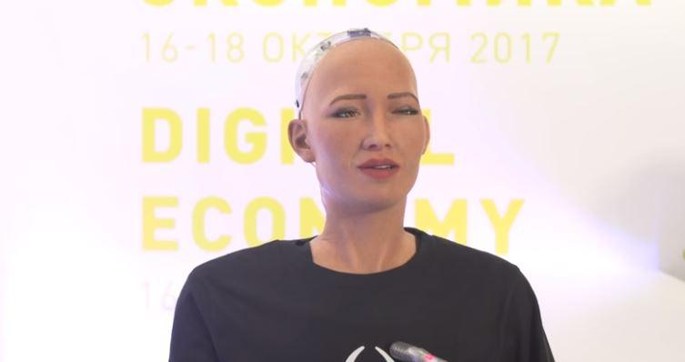Arabia Saudita, primer país en otorgar la ciudadanía a un robot
