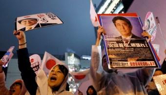 japon vota comicios shinzo abe como favorito y medio fuerte tifon
