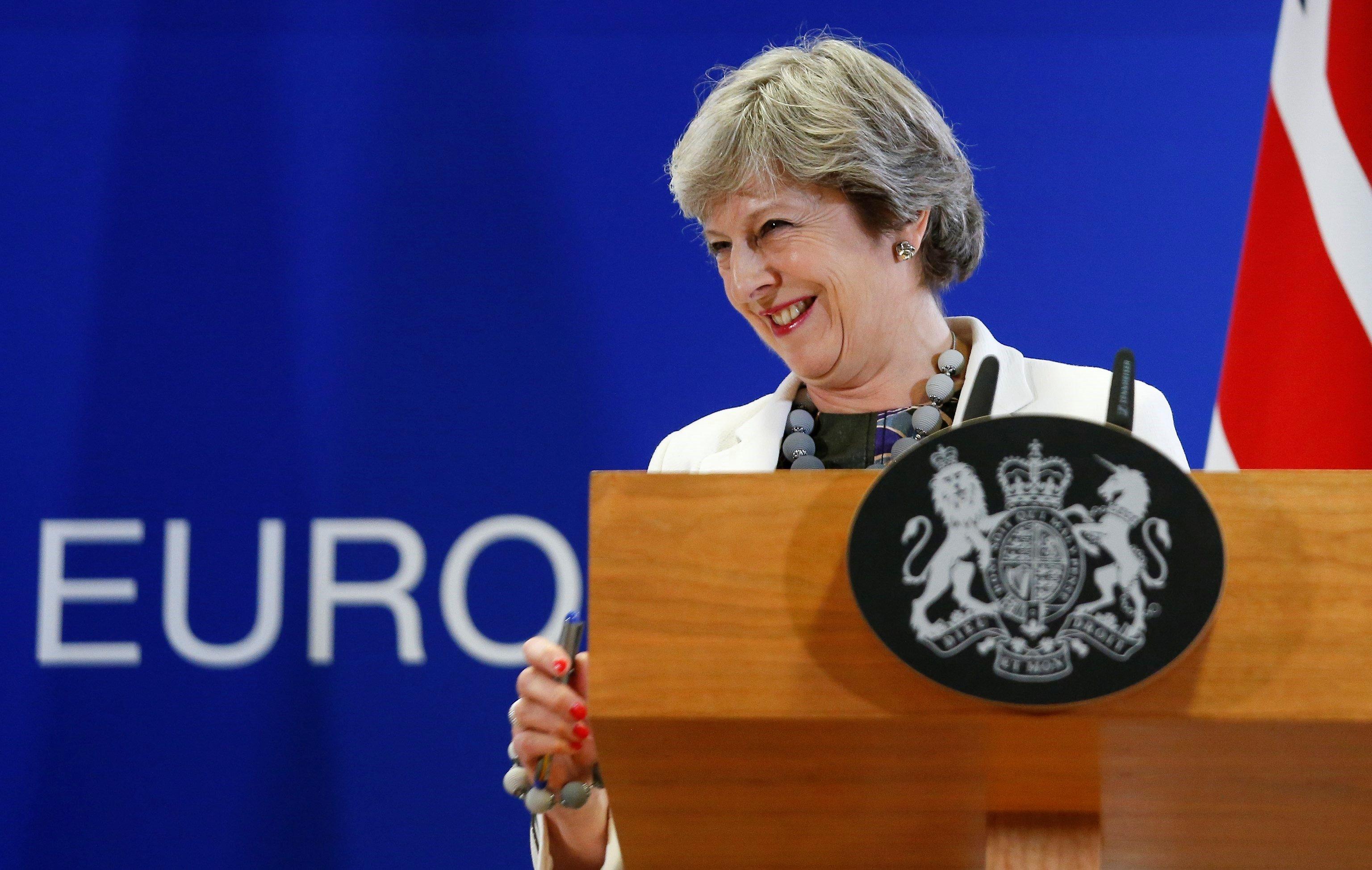 Jefe UE dice que Brexit es la prueba más dura, pide unidad
