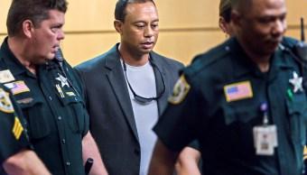 Tiger Woods se declara culpable conducción imprudente