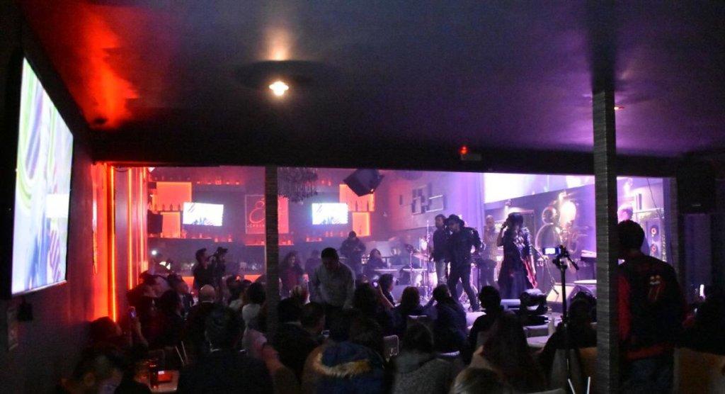 Turibus arranca recorridos con conciertos de rock a bordo en la CDMX