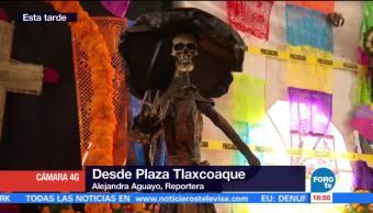 Exhibición de altares en Plaza Tlaxcoaque