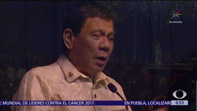 Duterte le canta a Trump: 'Tú eres la luz en mi mundo'