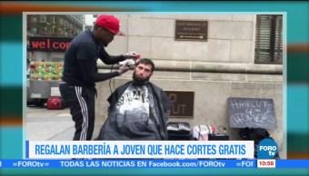 Extra, Extra: Regalan barbería a joven que hace cortes gratis