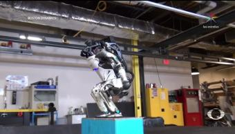Atlas el robot capaz de dar saltos mortales