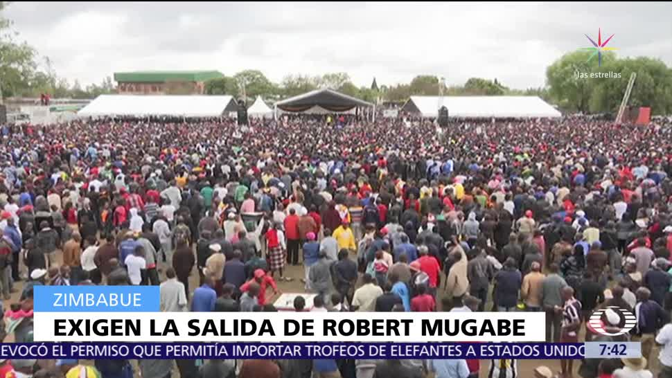 Miles de personas marchan en Harare para exigir renuncia de Robert Mugabe
