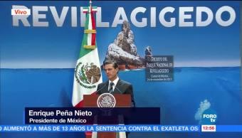 Firma Peña Nieto el Decreto del Parque Nacional de Revillagigedo