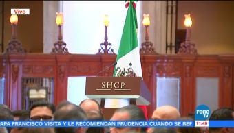 Esperan a González Anaya para ceremonia protocolaria de la SHCP