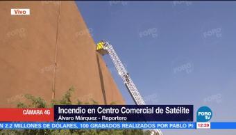 Incendio en Centro Comercial de Satélite