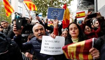 Carles Puigdemont dice que acatará comicios convocados por Rajoy