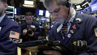 Wall Street cierra mixto y Nasdaq conquista nuevo récord