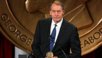 CBS suspende Charlie Rose denuncias acoso sexual
