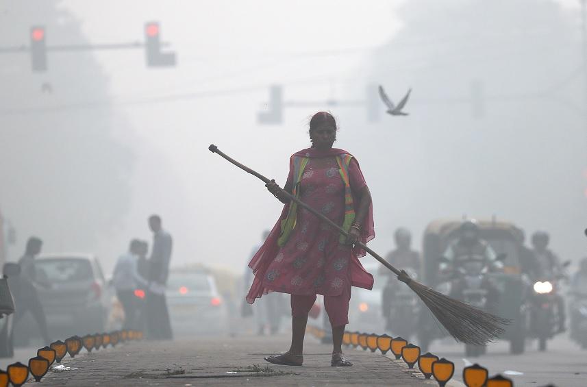 Contaminación aire asfixia Nueva Delhi India