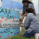 Decenas de personas esperan noticias de los tripulantes del ARA San Juan