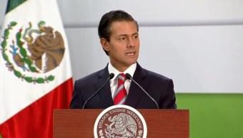 Enrique Peña Nieto celebra aumento al salario mínimo