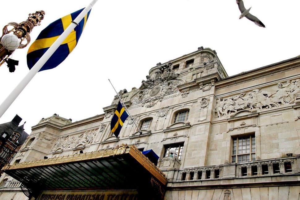 Fachada del Royal Dramatic Theatre en Estocolmo, Suecia