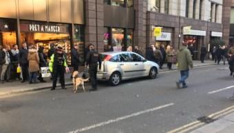 Cierran calles en área financiera de Londres por alerta de seguridad