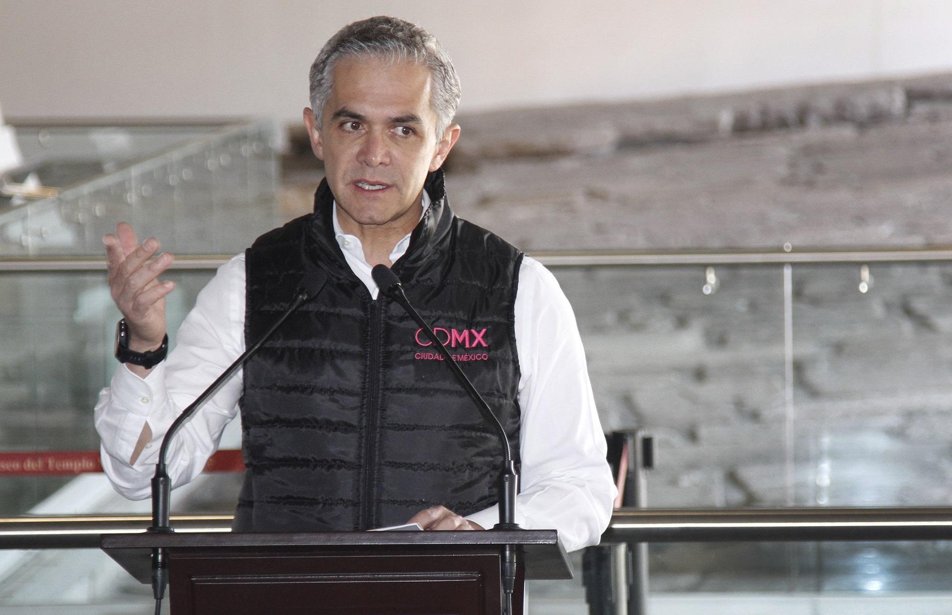 Vaticano cancela reconocimiento a CDMX; Mancera desconoce motivos