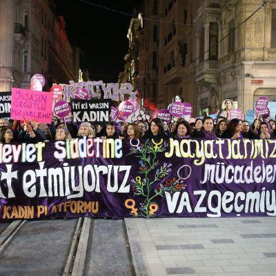 Manifestaciones por todo el mundo exigen el fin de la violencia machista